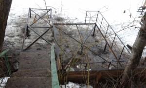 Пирс в Усть-Качке на винтовых сваях
