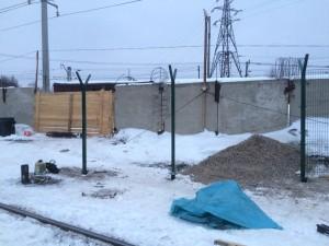 Забор на винтовых сваях в Березниках